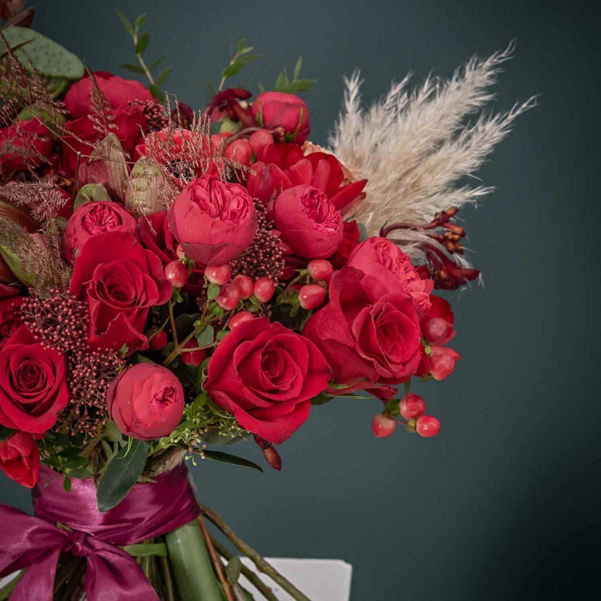 Buchet de flori cu livrare Passion for Color red